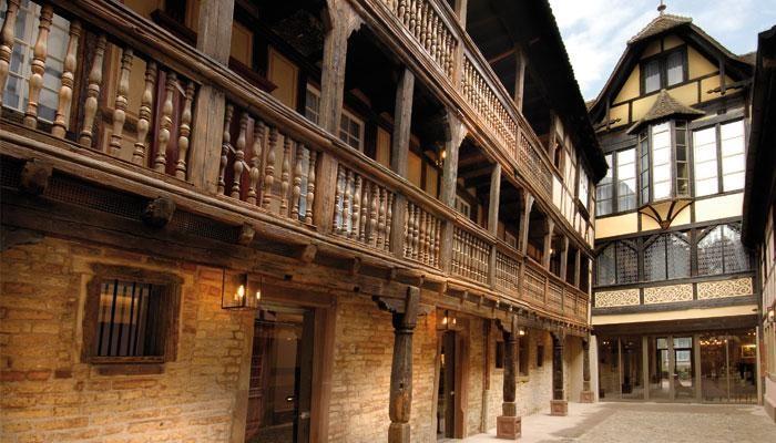 Hôtel cour du Corbeau à Strasbourg